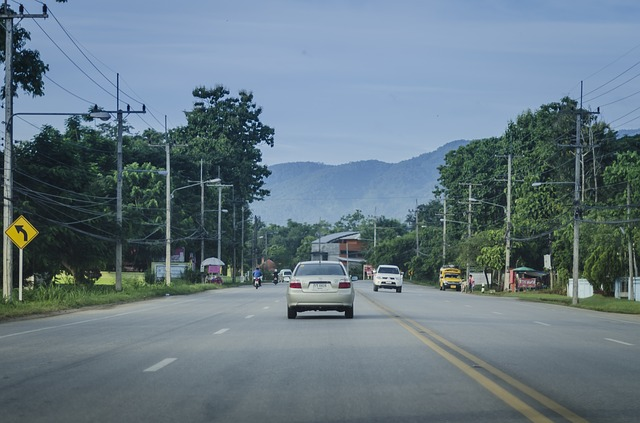 road-1025400_640