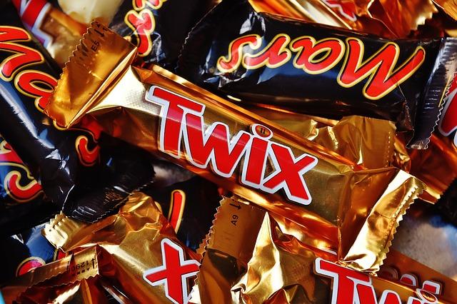 candy-bar-1735659_640