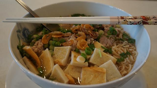 noodles-1126476_640